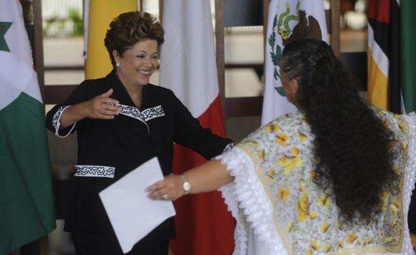La presidenta Rousseff y la embajadora Paredes Rangel subrayaron la importancia de las relaciones México-Brasil. (agenciabrasil.ebc.com.br)