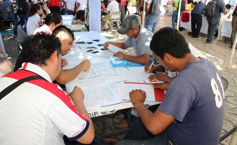 El sector turístico beneficia con la derrama económica, por lo cual se requiere de más personal. Foto: (Adrián Barreto/SIPSE)