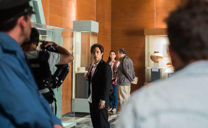 La cinta está inspirada en el robo de 143 piezas de una de las salas del Museo Nacional de Antropología e Historia. (Internet)