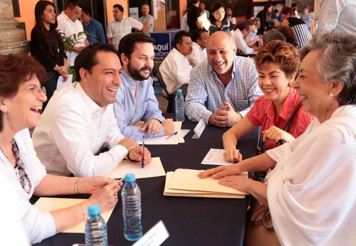 El programa Miércoles Ciudadano sigue cumpliendo sus objetivos de atención social, consideró el alcalde Mauricio Vila. (Foto cortesía del Ayuntamiento de Mérida)