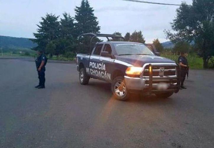 El atentado contra los agentes ocurrió al sur del municipio de Aquila, Michoacán. (Quadratín)