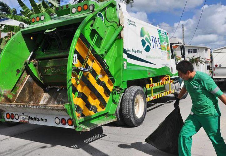 Tratan de no afectar el servicio de recolección de desechos. (Cortesía/SIPSE)