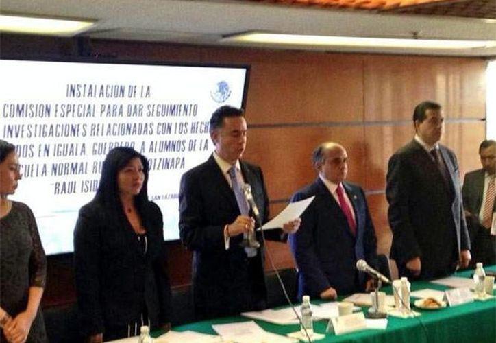 La comisión especial se encargará de atender la 43 estudiantes normalistas que estaba en Iguala, Guerrero al momento de su desaparición. (excelsior.com.mx)