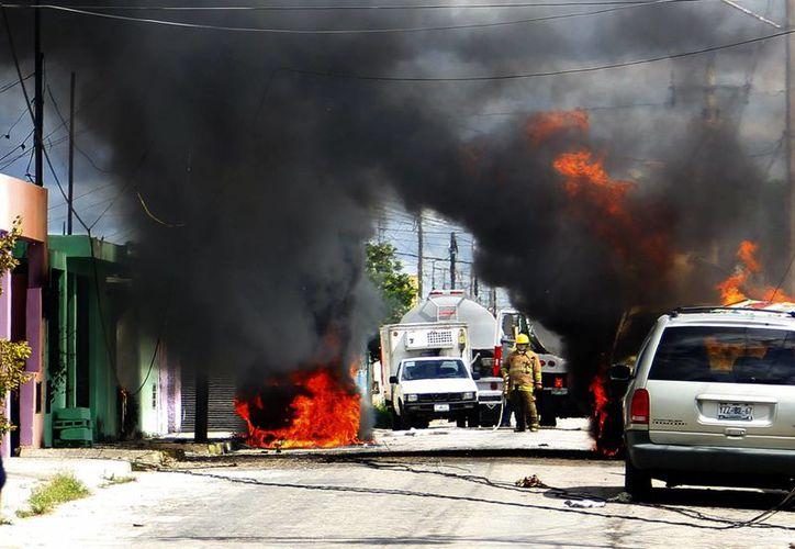 El mal manejo de válvulas de gas butano por parte de empleados de una gasera causó una tragedia. (Milenio Novedades)