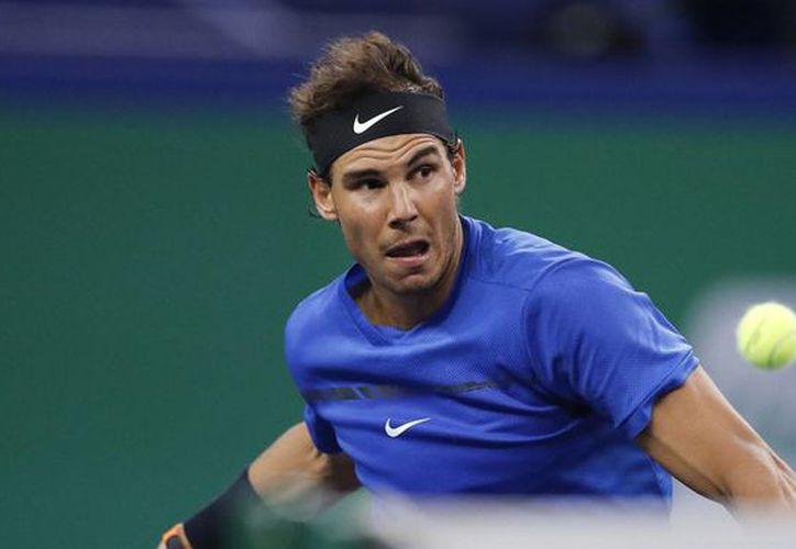 Rafael Nadal clasificó para semifinales del Masters 1000 de Shanghái. (AP).