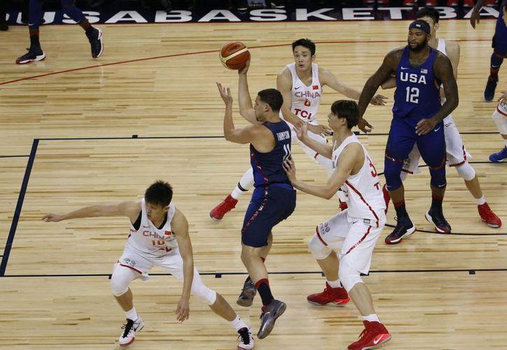 La selección de basquetbol de Estados Unidos ganó 107-57 a China  en partido de preparación rumbo a los Juegos Olímpicos. (EFE)