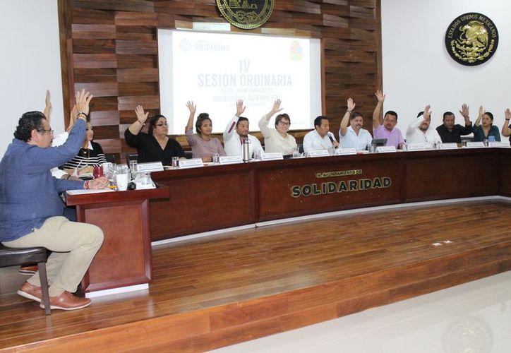 El informe se dio en el marco de la cuarta sesión ordinaria de Cabildo. (Adrián Barreto/SIPSE)