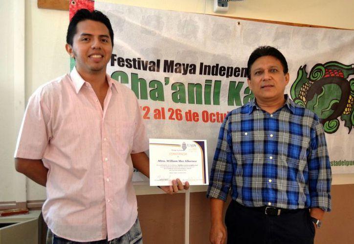 Expertos impartieron un tema sobre los apellidos mayas en Facultad de Ciencias Antropológicas de la Uady. (Milenio Novedades)