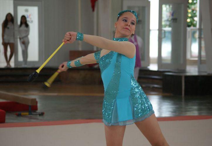 La joven de 12 años de edad busca trascender en el mundo en esta especialidad. (Ángel Villegas/SIPSE)
