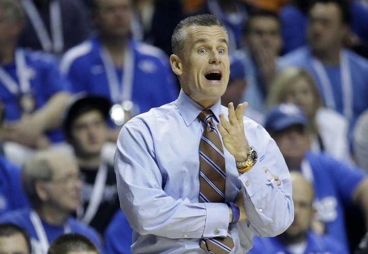 El exitoso entrenador de basquetbol colegial, Bill Donovan, se hará cargo del Thunder de Oklahoma en la NBA. (Foto: AP)