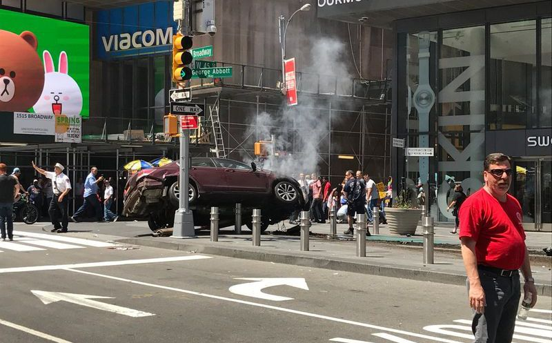 Accidente múltiple en Times Square (Foto AFP)