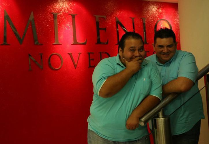 """Los comediantes yucatecos Mario y Daniel Herrera Casares mejor conocidos como """"Dzereco"""" y """"Nohoch estuvieron este martes en las oficinas de Milenio Novedades. (Jorge Acosta/Milenio Novedades)"""