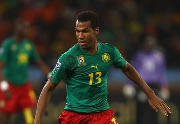 El delantero camerunés Eric Choupo-Moting, del que poco o nada se sabe en México, podría enfrentar al Tri en el Mundial. (zimbio.com)