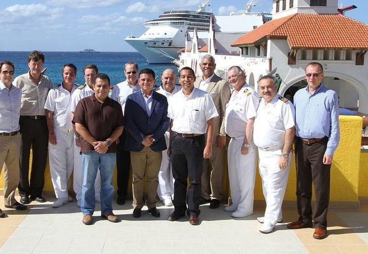 """El evento se realizó en las instalaciones de la terminal de cruceros """"Puerta Maya"""". (Cortesía/SIPSE)"""