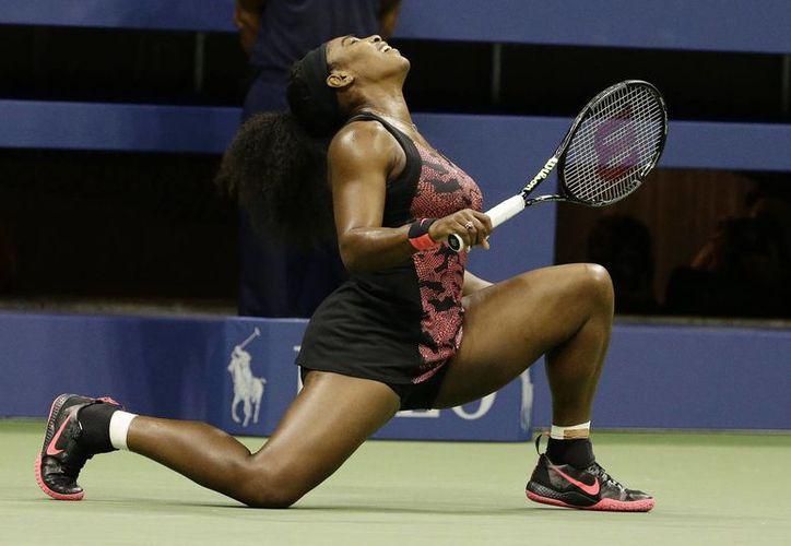 Serena Williams termina el 2015 como la mejor tenista del mundo, logro que ha repetido ya 5 veces, con lo que es una de las 4 mejores tenistas en la historia en ese renglón, por debajo solo de Stefi Graff y Martina Navratilova, y empatada con Chris Evert. (EFE)