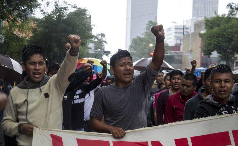 Ohón Nazariega Segura, profesor y dirigente de la Sección 22 del SNTE-CNTE, fue trasladado al penal estatal de Santa María Ixcotel, en Oaxaca. (Imagen de contexto/animalpolitico.com)