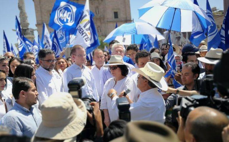 Anaya asistió este domingo al arranque de campaña del candidato a gobernador de Jalisco, Miguel Ángel Martínez. (Twitter)
