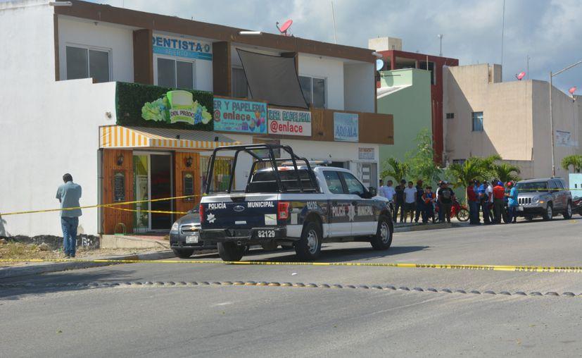 Elementos de la Policía Ministerial realizaron un operativo por la zona encontrando un vehículo presuntamente relacionado con este hecho. (Redacción/SIPSE)