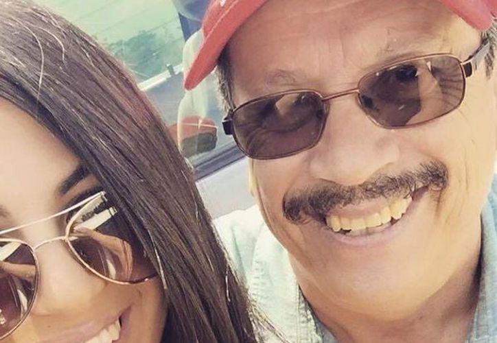 Adriana asegura a Donald Trump que hay millones de mexicanos como su padre: trabajadores y humildes. (Facebook/Adriana Almanza)