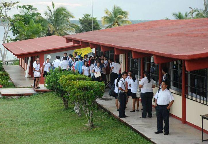 Las evaluaciones para los aspirantes al nivel de educación básica se realizarán el 12 de julio. (Archivo/SIPSE)