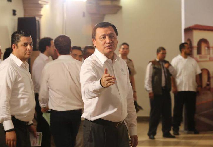 Miguel Ángel Osorio Chong, titular de Segob, dijo que se ha podido disminuir en un 6% ell índice de homicidios relacionados con el crimen organizado en México.  (Notimex/Foto de archivo)