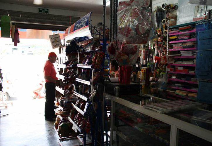 Los negocios de abarrotes son el giro comercial con mayor presencia en Playa del Carmen. (Octavio Martínez/SIPSE)