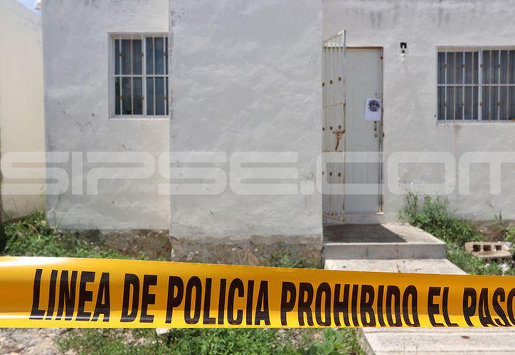 Elementos de Servicios Periciales de la Fiscalía General del Estado, así como elementos de la Policía Estatal de Investigación realizaron la recolección de evidencias. (Aldo Pallota/SIPSE)