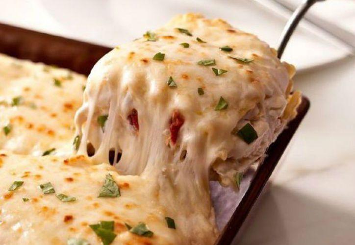 El peligro acecha en cada esquina, incluso en una pila gratinada de pasta, carne y salsa. (Cocina Delirante)