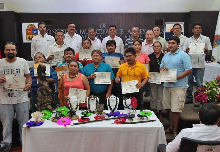 """Los ganadores del certamen """"Manos Mágicas del Caribe 2015"""" fueron premiados este viernes. (Gustavo Villegas/SIPSE)"""