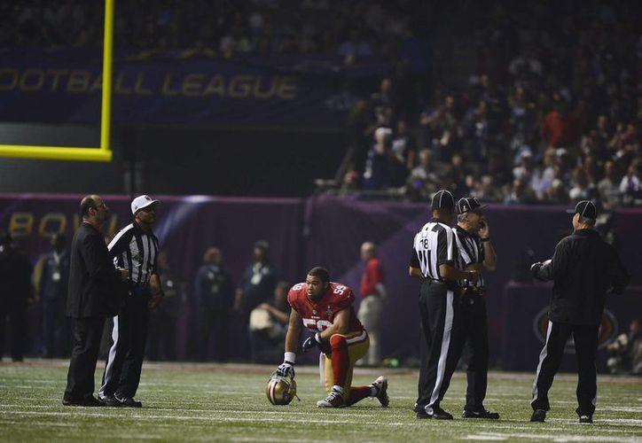 El Superbowl se suspendió más de media hora debido al apagón. (Foto: EFE)