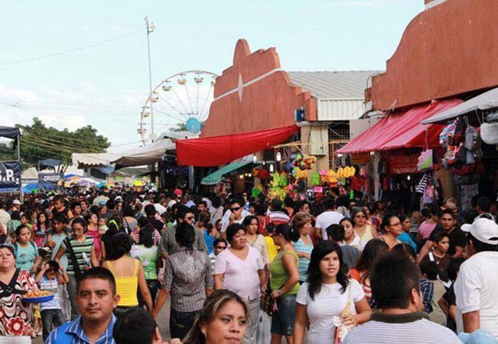 Los trabajos de modernización de la Feria Yucatán incluyen el retiro del camellón en la vía principal. (SIPSE)