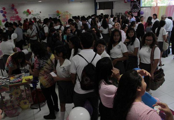 Durante el evento se presentaron varios proyectos de negocio. (Tomás Álvarez/SIPSE)
