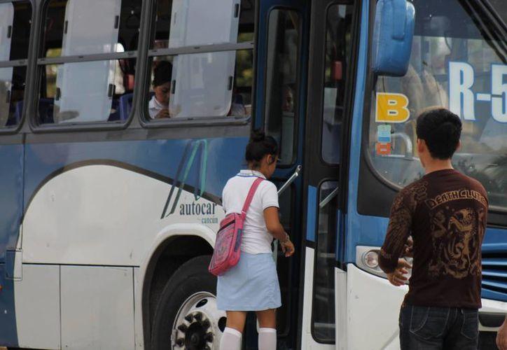 Este delito es recurrente en espacios concurridos, como en las plazas, el parque de Las Palapas y el transporte público. (Jesús Tijerina/SIPSE)