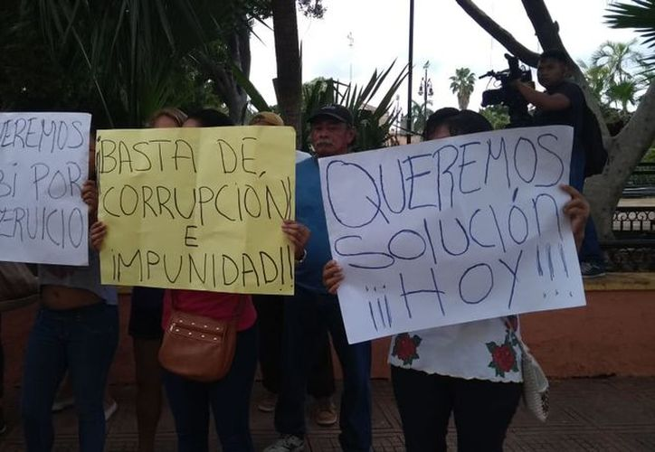 La protesta se realizó esta mañana. (Oscar Chan/Milenio Novedades)