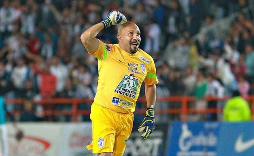 El mexicano Óscar Pérez dio a conocer que el próximo torneo será el último en su carrera futbolística de 24 años.(Foto tomada de Facebook/Tuzos de Pachuca)