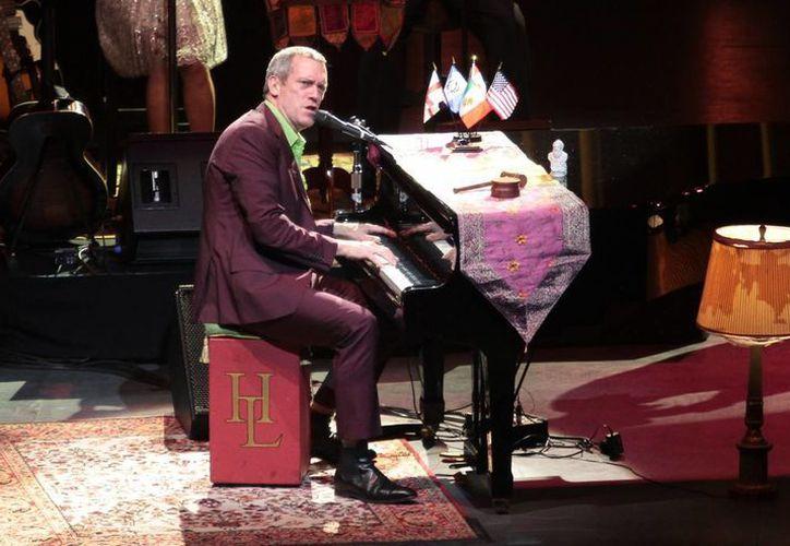 Hugh Laurie durante una presentación en el Teatro Diana. (Notimex/Foto de archivo)
