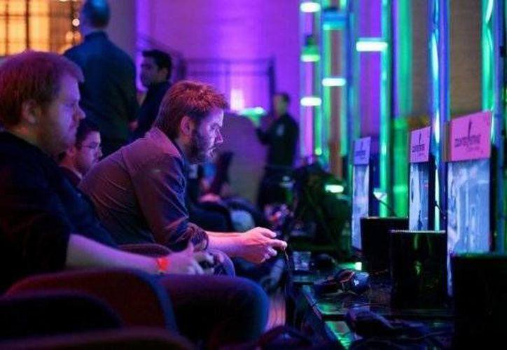 """Universos virtuales como """"World of Warcraft"""" son enormemente populares y atraen a millones de jugadores que acumulan meses de actividad competitiva. (elespectador.com)"""