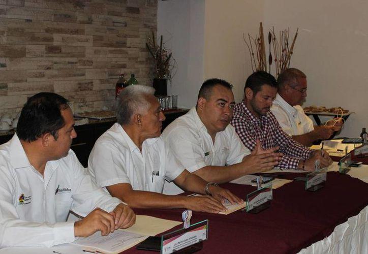Mientras se dio a conocer que Yucatán será sede de 5 selectivos, Chiapas lo será de 3, Campeche de 3 y el tae kwon do en Tabasco. (Milenio Novedades)