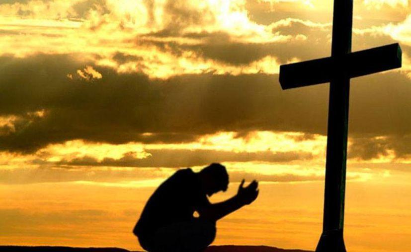 Las vidas del profeta, del apóstol y del discípulo están colmadas de contradicciones y pruebas, y tienen como meta la Cruz, dice la homilía dominical. (revistaeclessia.com)