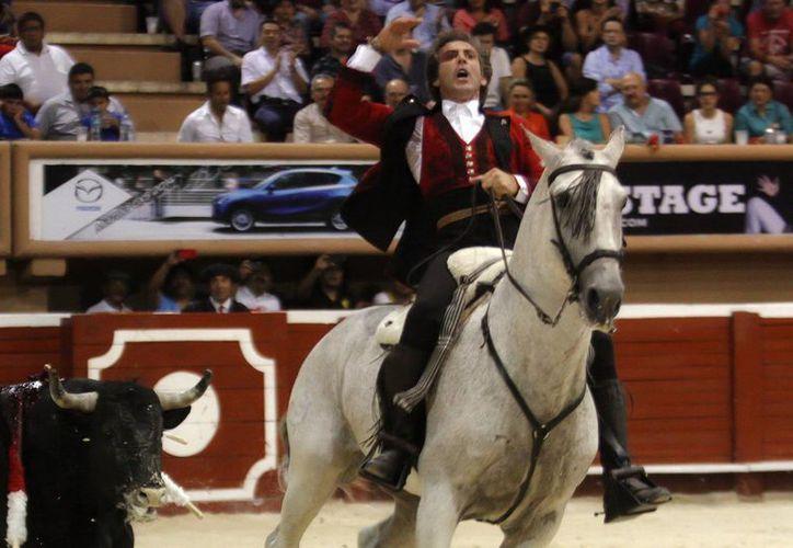 El rejoneador español Pablo Hermoso de Mendoza (foto) estará acompañado por los matadores Alejandro Talavante y Joselito Adame en las corridas de toros que se realizarán en abril y mayo en la Plaza Monumental Monterrey. (Notimex)