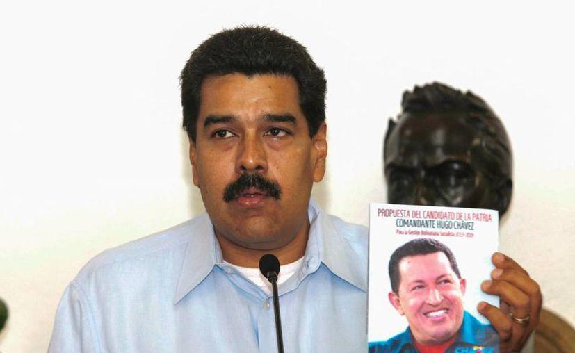 """Nicolás Maduro enmarcó el proyecto de noticiero dentro de lo que denominó una """"nueva modalidad de comunicación"""" de su Gobierno. (Foto:Prensa de Miraflores/EFE)"""