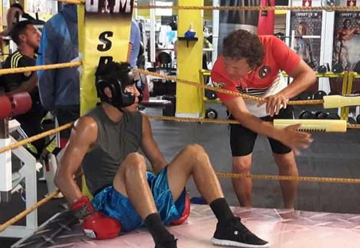 En boxeo darán reconocimiento a Rodrígo 'Avispa' López, José Luis 'Chamaco' Zetina y Aarón Bautista Reinhardt. (Miguel Maldonado/SIPSE)