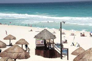 Mayor afluencia en Playa Delfines por área recreativa
