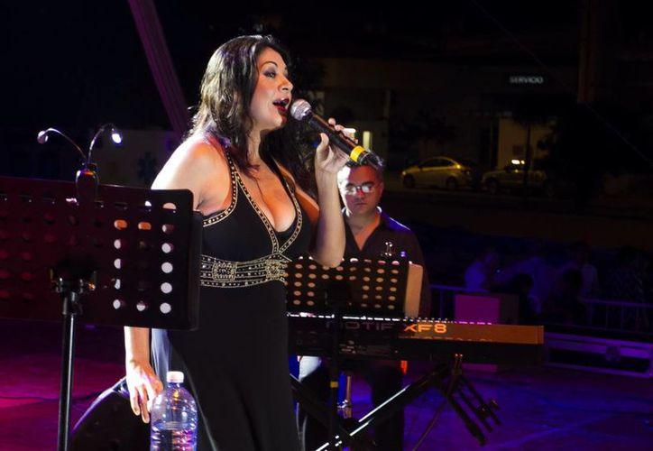 Con su nuevo disco Malena Durán pretende vincular a los músicos yucatecos con los del centro del país. (Milenio Novedades)