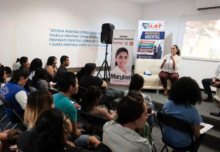 Marybel Villegas Canché agradeció a universitarios la confianza y el apoyo, y los invitó a votar el próximo 1ro de Julio. (SIPSE)