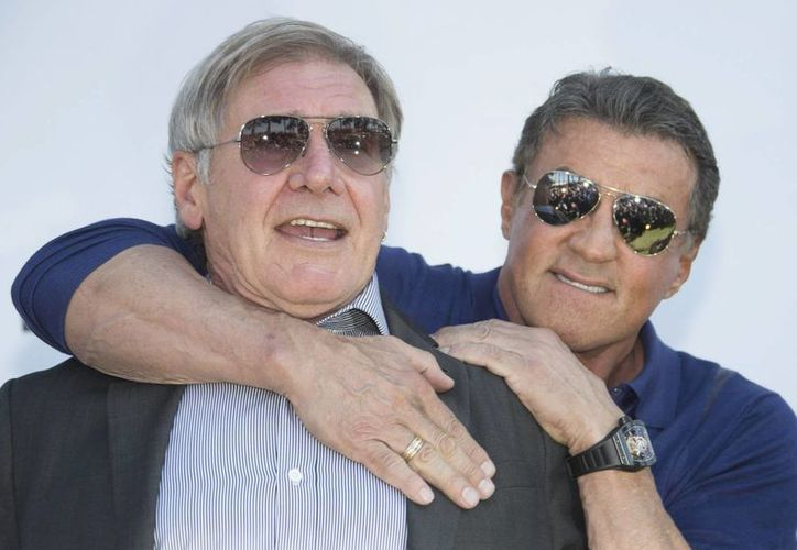 El la foto los actores Harrison Ford y Sylvester Stallone en la presentación de la cinta The Expendables 3 en Cannes. (Agencias)