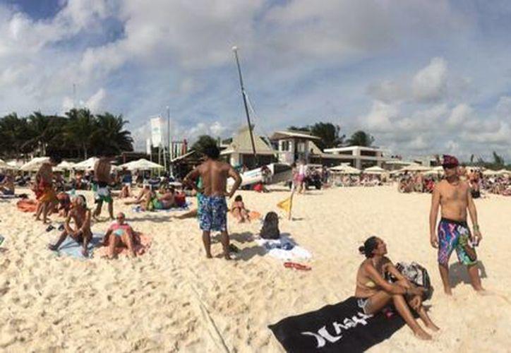 La directiva de la Asociación de Hoteles de la Riviera Maya advierte que insistirá en la recuperación de playas. (Daniel Pacheco/SIPSE)