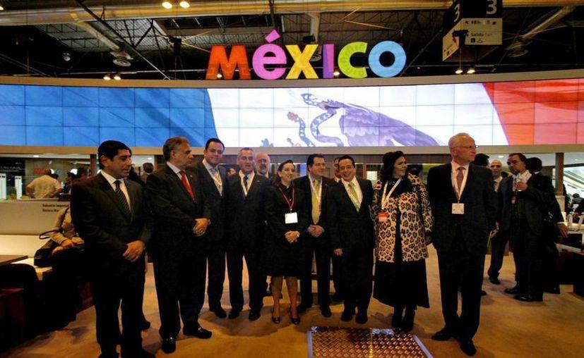 La delegación mexicana durante la inauguración del pabellón de México en la Fitur, en Madrid, España. (Archivo/Notimex)