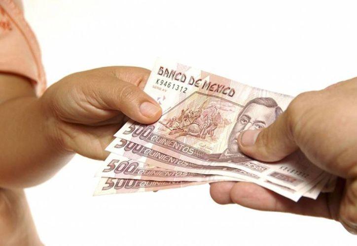 La comparación del salario mínimo suele ser una buena referencia para entender el nivel de vida  en las diferentes naciones de la región. (sinpermiso.com.mx)