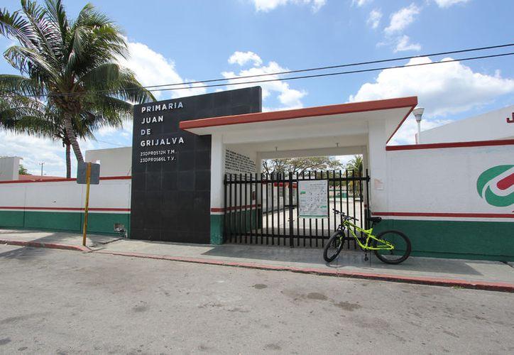 El objetivo es mejorar la infraestructura de las escuelas de Cozumel. (Foto: Gustavo Villegas)